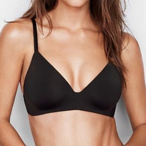 Victoria's Secret T-Shirt Wireless Bra 36D
